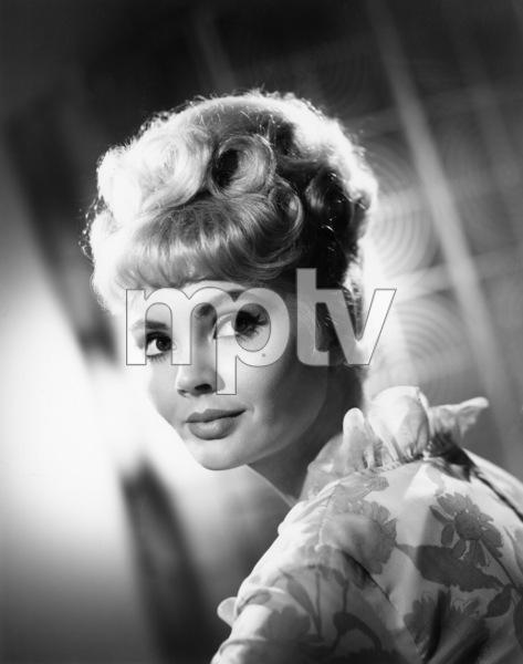 Jeannine Rileycirca 1964 Photo by Gabi Rona - Image 2875_0001