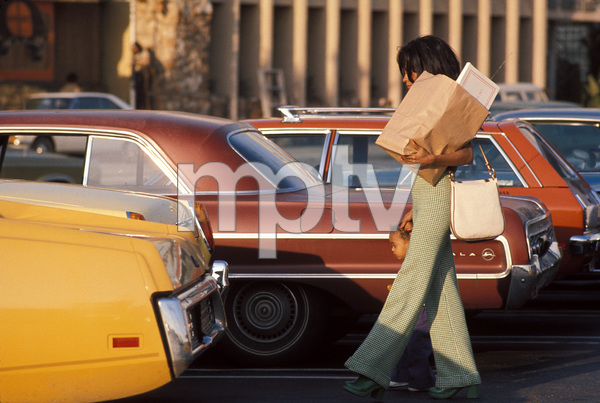 Diana Ross with daughter Rhonda Ross in Los Angeles, California c.1974 © 1978 Gunther - Image 2891_0123