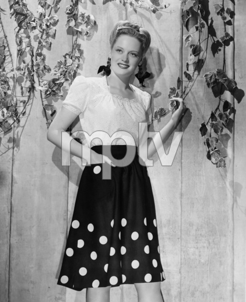 Alexis Smith1943Photo by Bert Six - Image 2957_0079