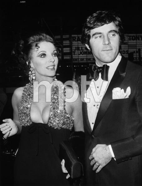 "299-115JOAN COLLINS AND HER HUSBAND, ANTHONY NEWLY, AT THE AMERICAN PREMIERE OF THE FILM, ""DR. DOLITTLE,"" NEW YORK, 1967.MPTV - Image 299_115"