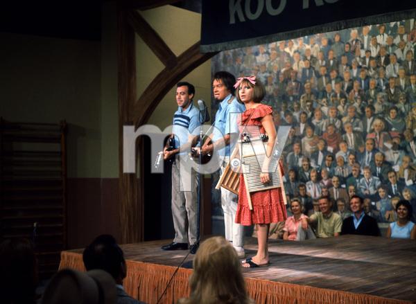 """""""Bob Hope TV Special""""Bob Hope & Barbra Streisand Circa 1962**I.V. - Image 2995_0325"""