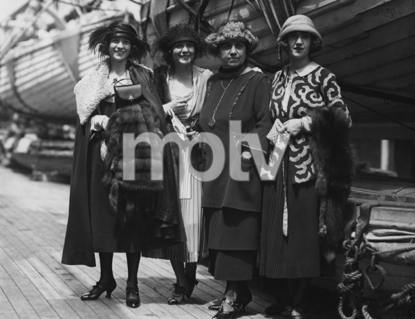 Norma Talmadge, Constance Talmadge, Natalie Talmadge, Peg Talmadge, Photo By Paul Thompson, 1920, **I.V. - Image 3008_0003