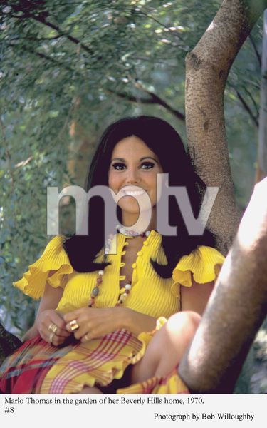 Marlo Thomas at home in Beverly Hills 1970 © 1978 Bob Willoughby - Image 3091_0030