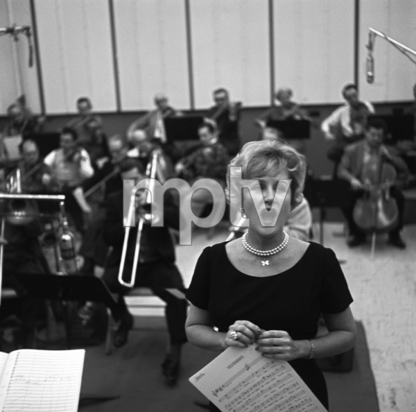 Margaret Whiting at a Verve recording session1964 © 1978 Ken Whitmore - Image 3094_0014