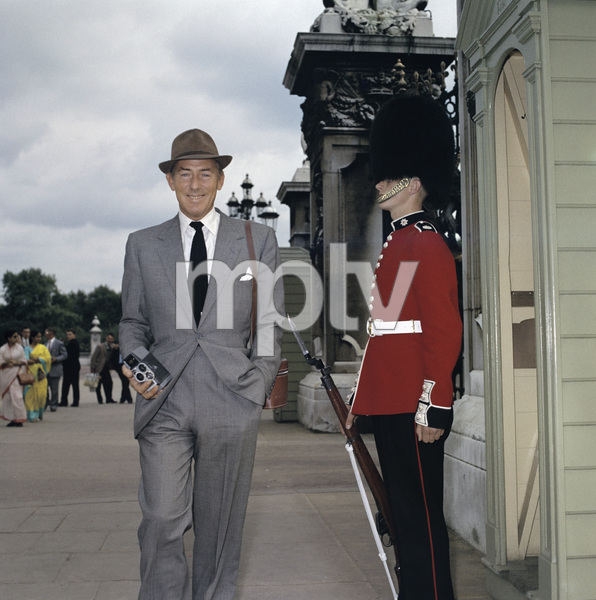 Michael Wilding in Londoncirca 1950s © 1978 Paul Hesse - Image 3103_0003