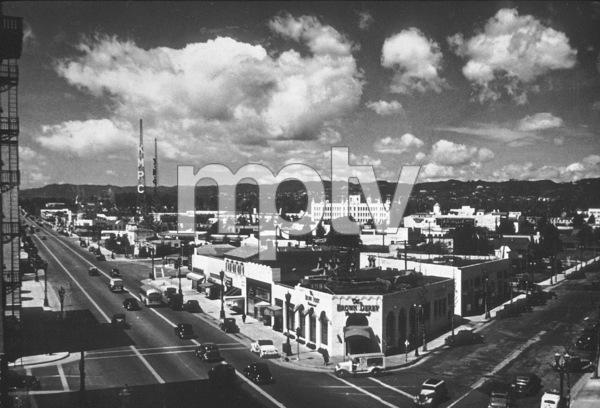 Hollywood Landmarks, Brown Derby1937Copyright John Swope Trust / MPTV - Image 3250_0013