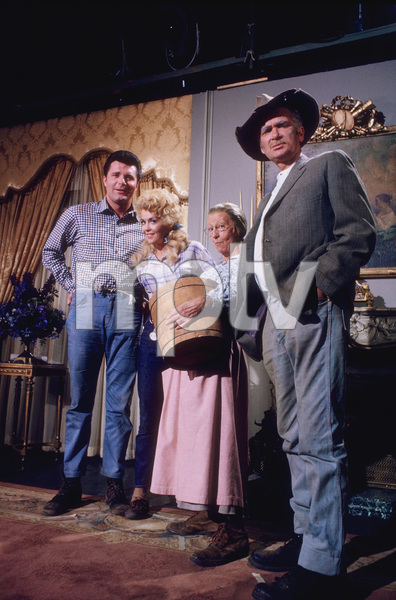 """Beverly Hillbillies, The""Max Bear Jr., Donna Douglas;Irene Ryan,and Buddy Ebsen1965 CBS © 1978 Gene TrindlMPTV - Image 3265_0092"