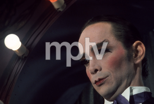"""""""Cabaret""""Joel Grey1972 Allied Artists** I.V. - Image 3325_0039"""