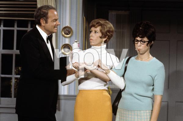 """The Carol Burnett Show""Harvey Korman, Carol Burnett, Vicki Lawrencecirca 1977Photo by Gabi Rona - Image 3338_0033"