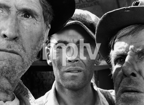 """The Grapes of Wrath""Russell Simpson, Henry Fonda, Frank Darien1940 20th Century Fox** I.V. - Image 3463_0127"