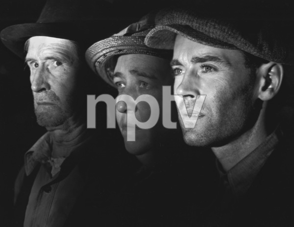 """""""The Grapes of Wrath""""Russell Simpson, Jane Darwell, & Henry Fonda1940 20th Cent. Fox**I.V. - Image 3463_0133"""