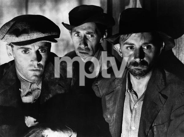 """The Grapes of Wrath""Henry Fonda, John Carradine, John Qualen1940 20th Century Fox - Image 3463_0153"