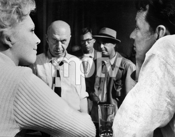 """""""The Man with the Golden Arm""""Director Otto Preminger, Kim Novak, Frank Sinatra1955 United Artists © 1978 Bob Willoughby - Image 3575_0088"""