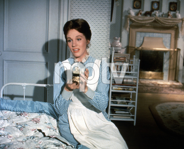 """Mary Poppins""Julie Andrews1964 Disney**I.V. - Image 3581_0027"
