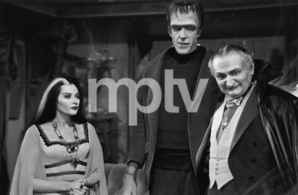 """The Munsters""Yvonne De Carlo, Fred Gwynne, Al Lewis1964© 1978 Bob Willoughby - Image 3600_0132"