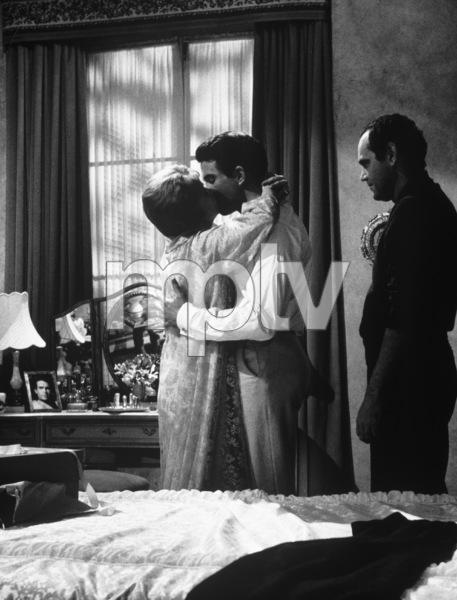 """The Roman Spring of Mrs. Stone""Warren Beatty, Vivien Leigh, director Jose Quintero1961 Warner Brothers - Image 3691_0101"