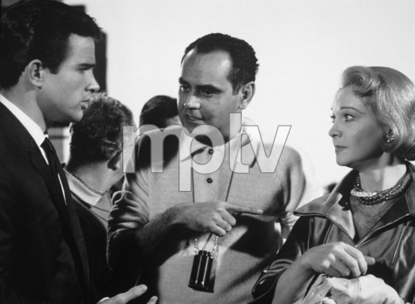 """The Roman Spring of Mrs. Stone""Warren Beatty, Vivien Leigh, director Jose Quintero1961 Warner Brothers - Image 3691_0102"
