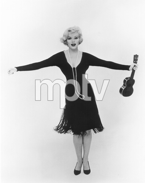 """Some Like It Hot""Marilyn Monroe © 1959 UA / **R.C. - Image 3733_0029"