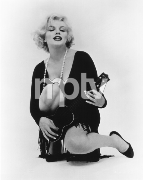 """Some Like It Hot""Marilyn Monroe © 1959 UA / **R.C. - Image 3733_0030"