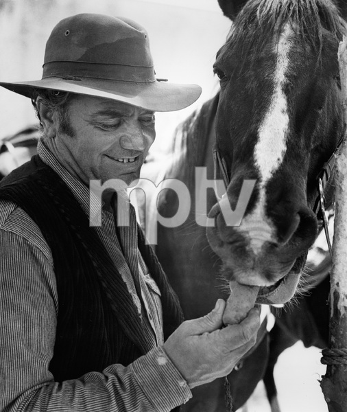 """The Wild Bunch""Ernest Borgnine1969 Warner BrothersPhoto by Bernie Abramson - Image 3820_0202"