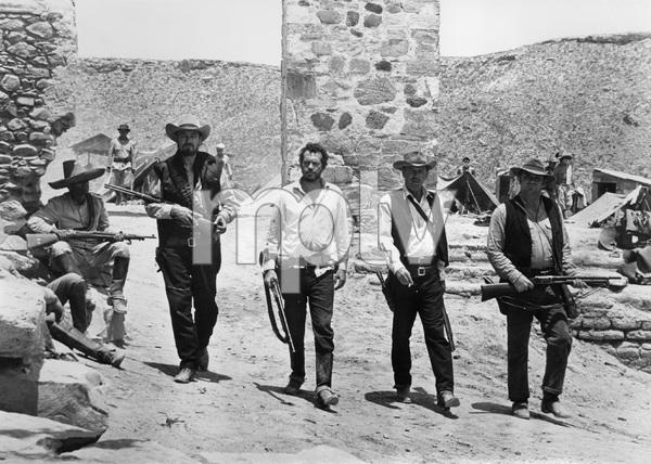 """""""The Wild Bunch""""Ben Johnson, Warren Oates, William Holden, Ernest Borgnine1969 Warner BrothersPhoto by Bernie Abramson - Image 3820_0209"""
