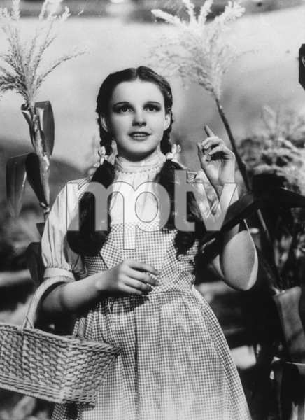 Judy GarlandFilm SetWizard Of Oz, The (1939)0032138MGM - Image 3823_0123
