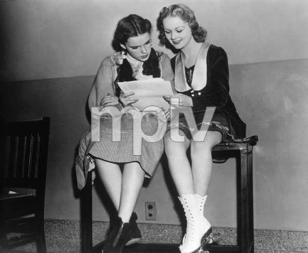 """""""The Wizard of Oz""""Judy Garland, Behind the Scenes, 1939, MGM  **I.V. - Image 3823_0124"""