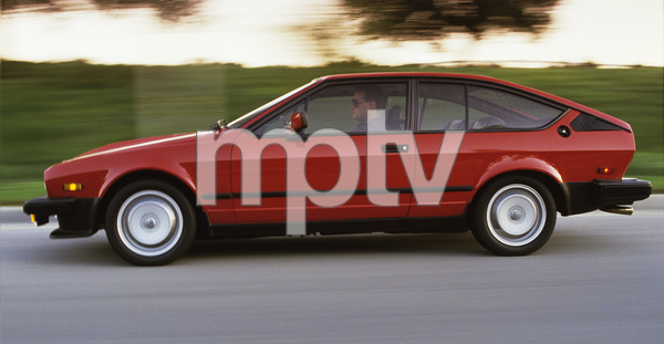 Cars1986 Alfa Romeo GTV-6 © 2010 Ron Avery - Image 3846_0038