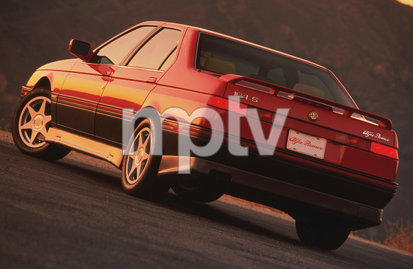 Cars1992 Alfa Romeo 164 S © 1997 Ron Avery - Image 3846_0167