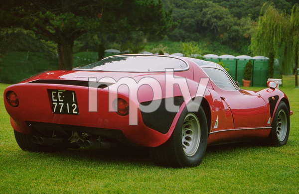 Car Category1967 Alfa Romeo Type 33 Stradale1998 Concours Italiano © 1998 Ron Avery - Image 3846_0357