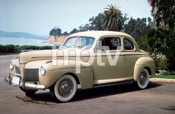 Car Category1941 Mercury Club CoupeOwner Earnest A. Burton & Paul Williams © 1983 Glenn EmbreeMPTV - Image 3846_0440