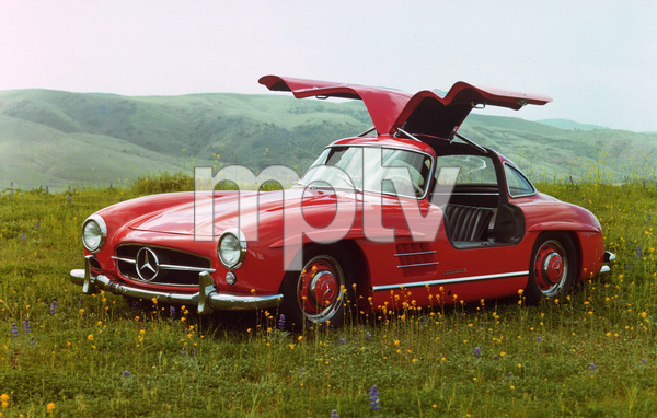 Car Category1955 Mercedes Benz 300 SLOwner Hyram Pingree © 1983 Glenn EmbreeMPTV - Image 3846_0448_03