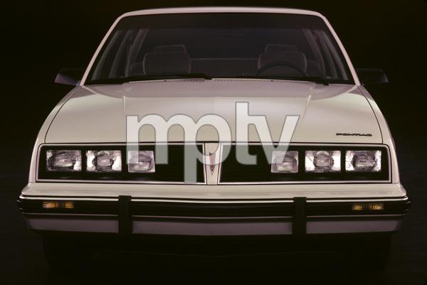 Car Category1983 Pontiac 6000 © 1983 Ron Avery - Image 3846_0499