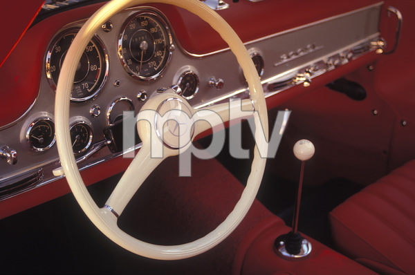 Cars1956 300 SL Gull Wing Mercedes2004 © 2004 Ron Avery - Image 3846_0787