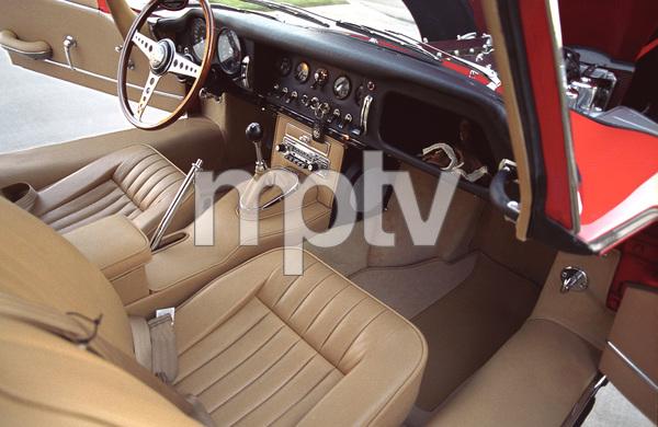 Cars1965 Jaguar 4.2 E-Type © 2005 Ron Avery - Image 3846_1500