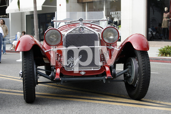Cars1930 Alfa Romeo 6 C 1750 on Rodeo Drive in Beverly Hills 6-15-08 © 2008 Ron Avery - Image 3846_1763