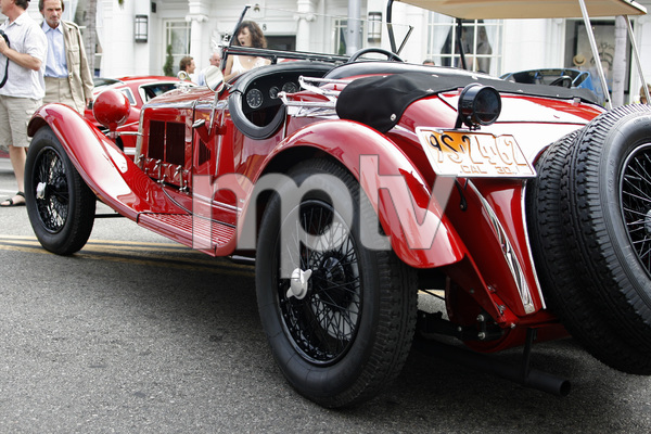 Cars1930 Alfa Romeo 6 C 1750 on Rodeo Drive in Beverly Hills 6-15-08 © 2008 Ron Avery - Image 3846_1765
