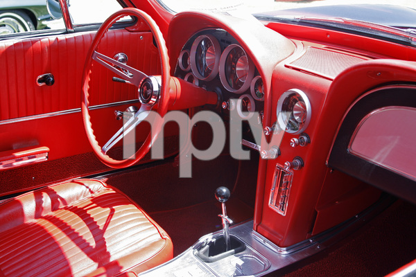 Cars1963 Chevrolet Corvette coupe2012© 2012 Ron Avery - Image 3846_2045