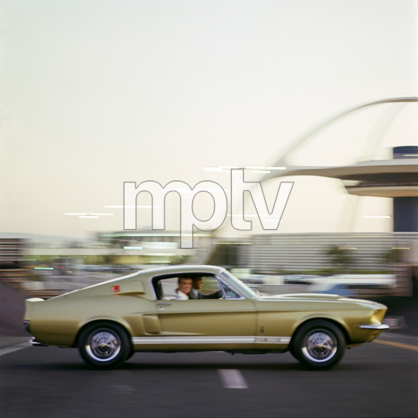1967 Shelby GT 350 1966 © 1978 Sid Avery - Image 3846_2157