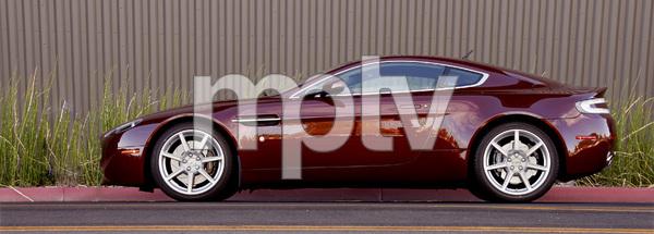 Cars2007 Aston Martin Vantage© 2014 Ron Avery - Image 3846_2267