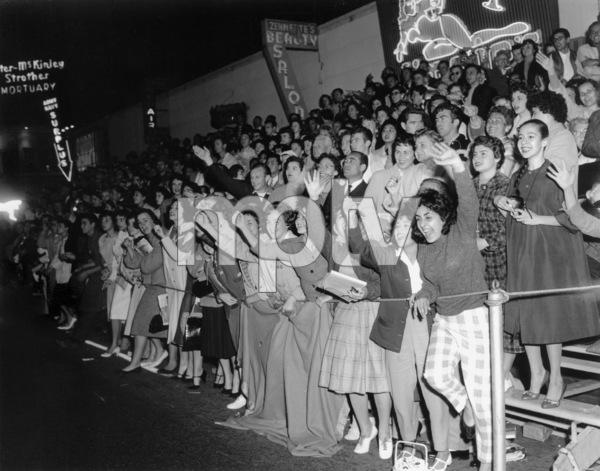 Crowds (Academy Awards)circa 1940s** I.V. - Image 3854_0797