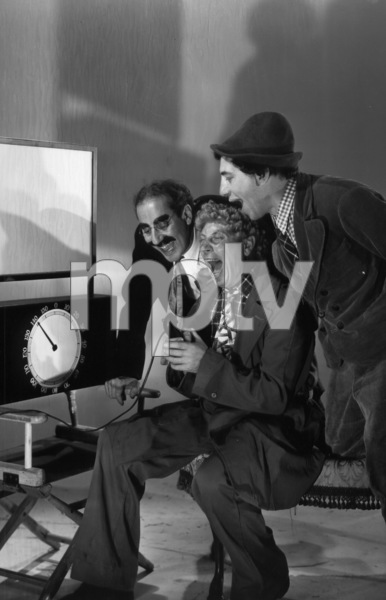 The Marx Brothers (Groucho, Harpo, Chico) with a sound meter 1936 © 1978 Ted Allan - Image 3891_165