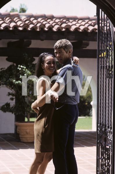 James Coburn and his wife Beverly Kelly at home1966© 1978 David Sutton - Image 3893_0058