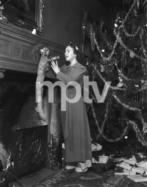 Deanna Durbincirca 1940s** I.V. - Image 3910_0036