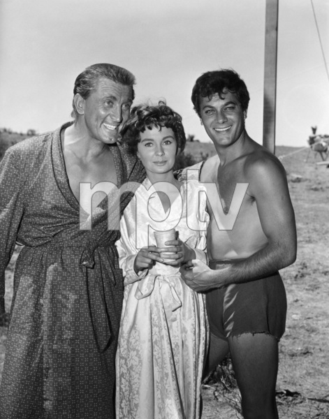 """Kirk Douglas, Jean Simmons and Tony Curtis on the set of """"Spartacus""""1960 Universal** B.D.M. - Image 3942_1053"""