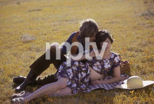 Couples - RomanticJohn Corbett, Angela CartwrightApril 1973 © 1978 Sid Avery - Image 3952_0223