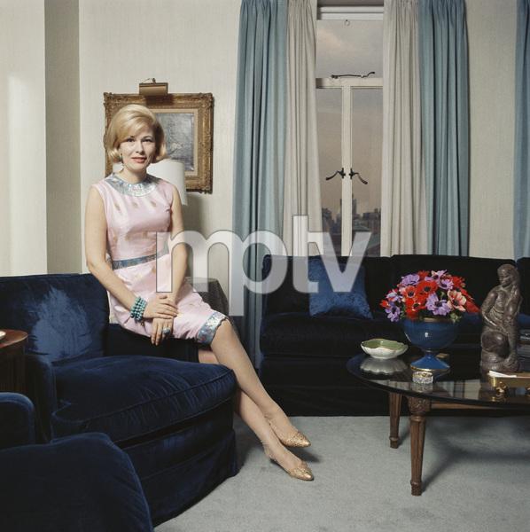 Miss Nancy Olsen wearing Tiger Morse1962© 2015 Mark Shaw - Image 3956_1230