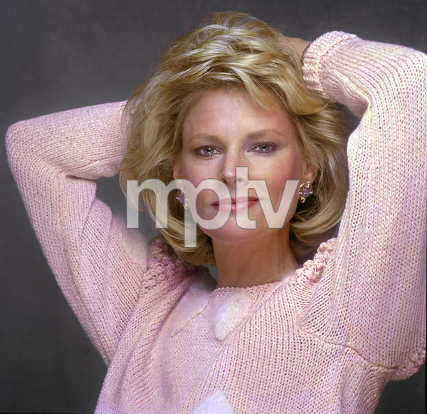 Fashion (Jackie Ray)1985© 1985 Ron Avery - Image 3956_1294