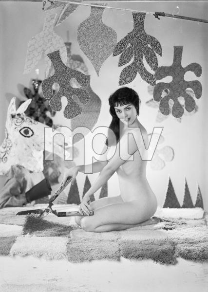 Pin-upscirca 1950s© 1978 Gene Howard - Image 3959_0522