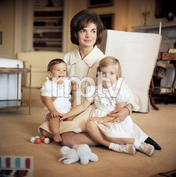 Jacqueline Kennedy with her children John Kennedy Jr. and Caroline Kennedy at the White House1961 © 2000 Mark Shaw - Image 4027_0040